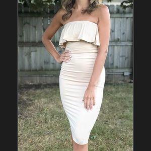 Dresses & Skirts - Sleveless ruffled bodycon tube dress beige